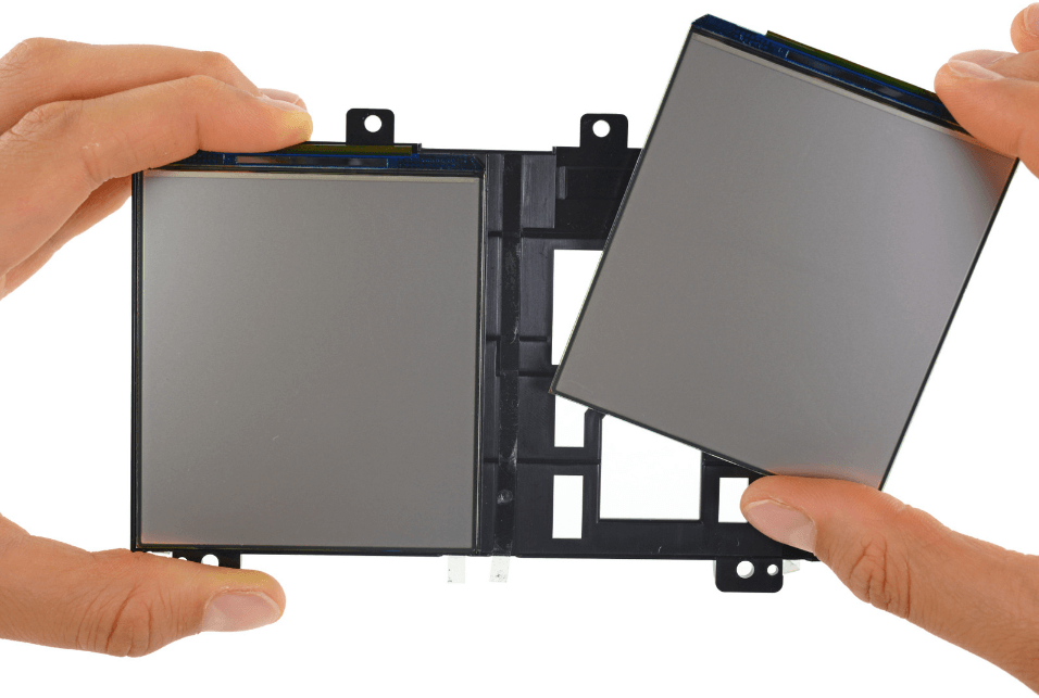 Photo of the HDK2 screen, taken by iFixit.